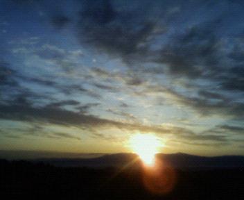 津軽の夜明け
